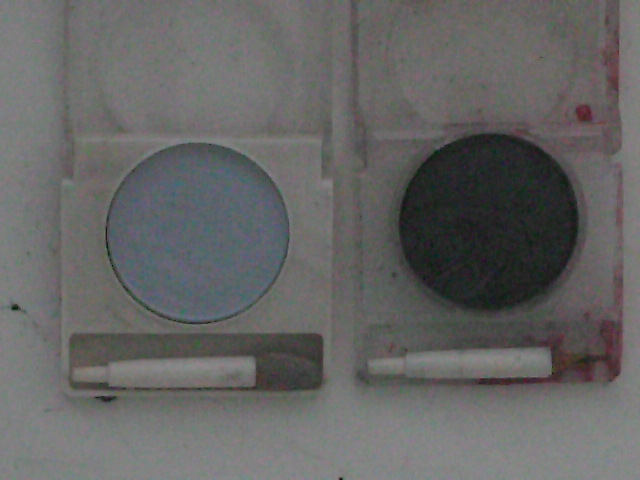 Revlon-Color-Frost-Soft-Blue-Eyeshadow-and-Revlon-Deep-Glow-Saphire-Eyeshadow
