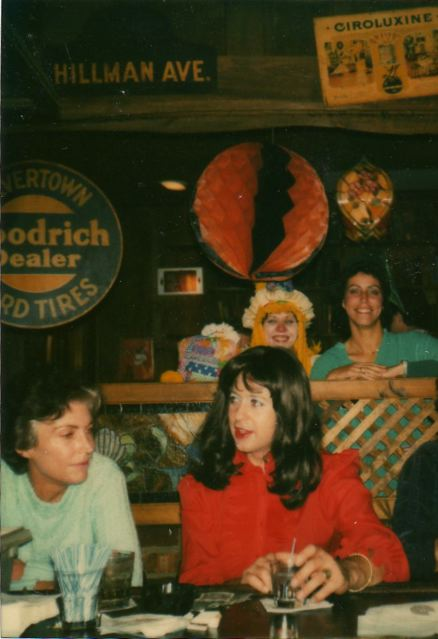 Halloween_in_full_drag-1982